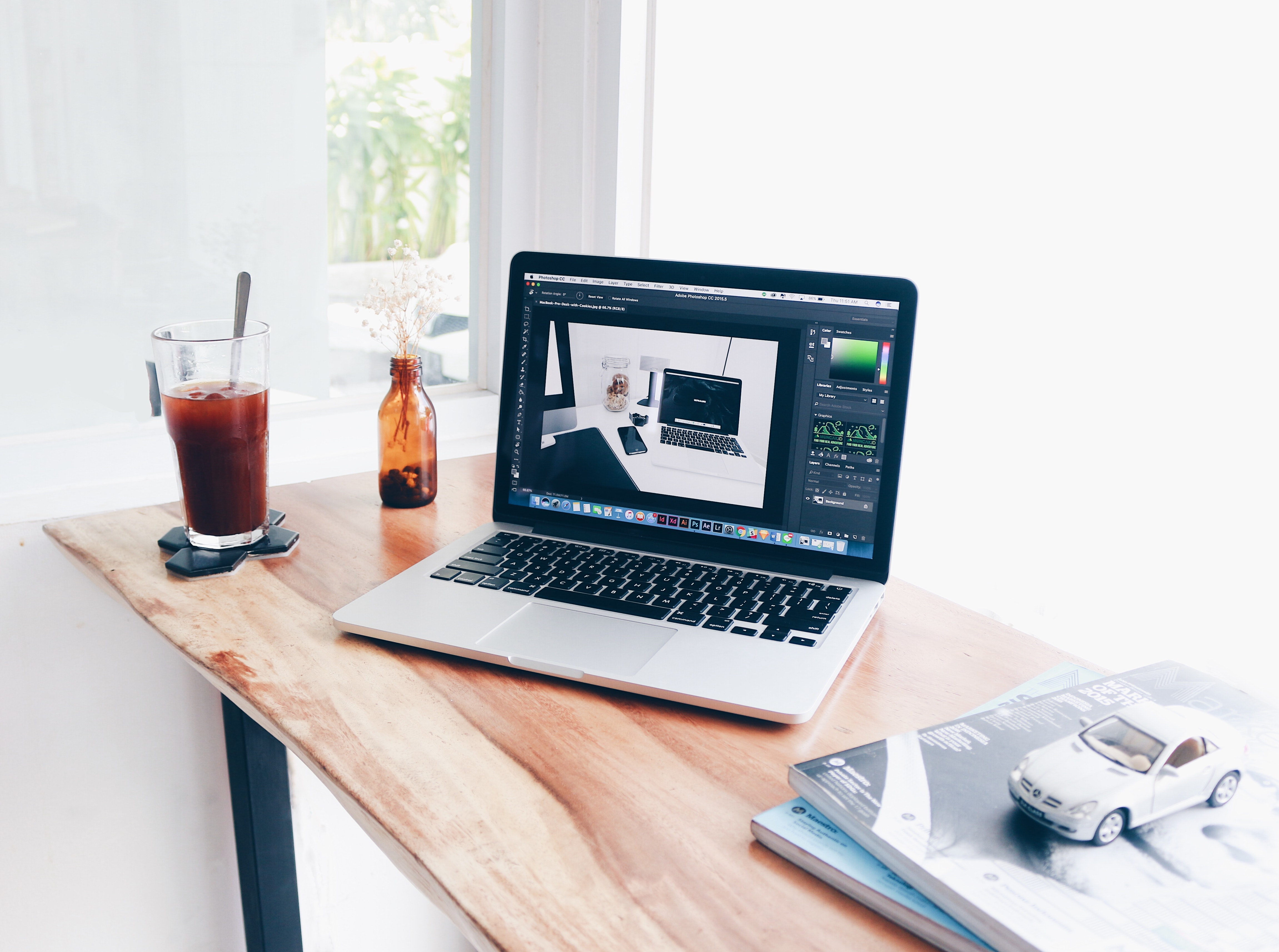 Causes of Macbook Screen Damage